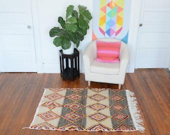 Moroccan Kilim Rug - Geometric Azilal Area Carpet - Berber Azilal Design
