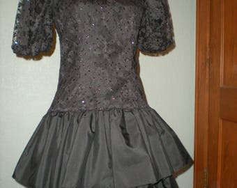 Big Bow 80's Party Dress a Cachet by Bari Protas Black sequined lace & tulle Big Bow on rear Size 5/6