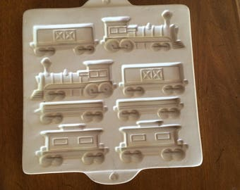1998 Pampered Chef Family Heritage Hometown Train Cookie Mold Stone