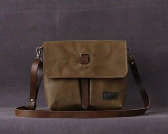 Waxed Canvas Crossbody Bag, Messenger Bag, Travel Bag, Bag for Women, Leather, CHLOE brown