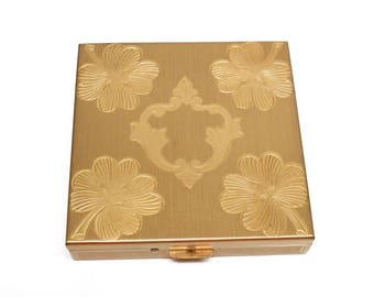 1950s Goldtone Compact - Zell Fifth Avenue Square Compact w Four Leaf Clover Design - Mid Century Face Powder Compact Unused