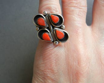 Zuni red coral ring, Zuni sterling red coral ring, Zuni coral shadowbox ring, Zuni red coral, sterling red coral ring, mexican coral ring