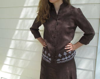Suits - Brown Linen, Two Piece Outfit, Luscious - White Eyelet Design - Size Medium - 2 Beautifully Seamed A-Lines Front & Back - Women's