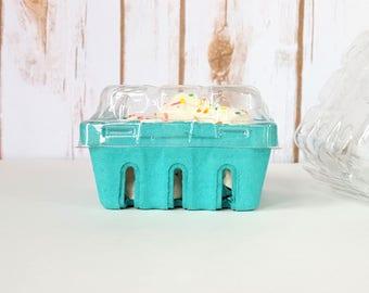 12 qty. Half Pint Berry Baskets and Lids, Rustic Wedding Favor Basket, Farm Theme Birthday Party Favor