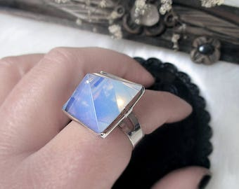 Pyramid Crystal Ring, Opalite Ring, Celestial Ring, Witch Ring, Copper Silver Plated, Adjustable Ring, Geometric Ring