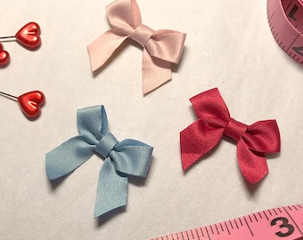 "1 3/8"" Bows in 3 Colors!"