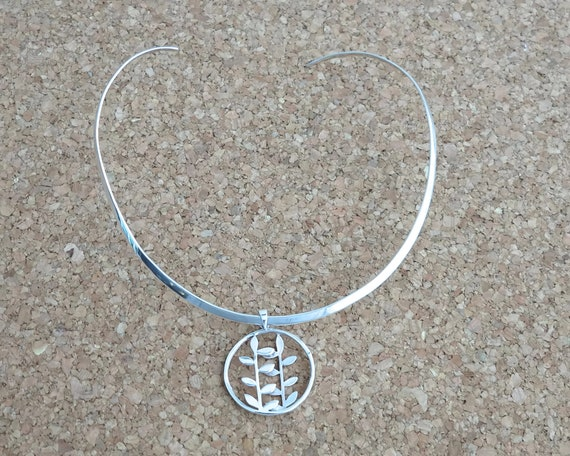 Sterling silver neck ring with botanical sterling silver pendant with branches, sterling silver choker collar, shaped to hug neck, 18 grams