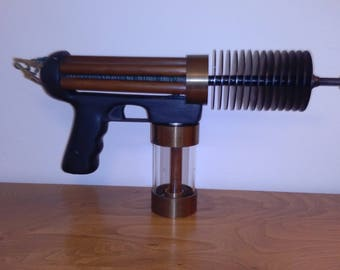 steampunk ray gun