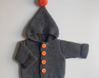 Jacket hood baby birth in 24 months hand-knitted grey with pompom and buttons dough fimo