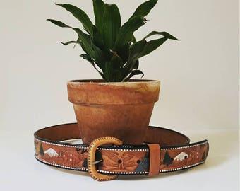 Vintage Tooled Leather Belt // Size 34