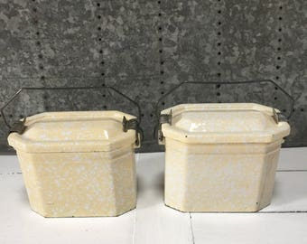 French Vintage 1950's French Enamel Lunch Box