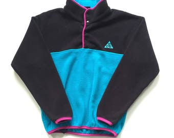 Vintage Nike ACG Trango Tower Pakistan women's fleece T snap Quarter Snap Sweater 1980's size small pink and purple vibrant colours