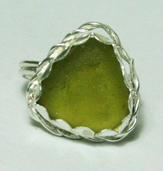 GREENY-YELLOW SEAGLASS Ring - Set in Sterling silver - Dress Ring