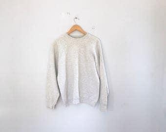 Vintage basic crew neck sweatshirt , crew neck sweatchirt , clothing , t shirt , size xl