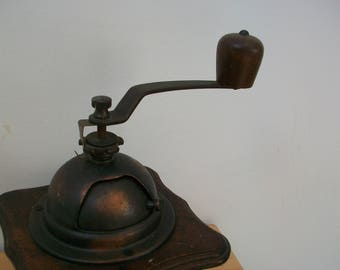 Vintage French wooden coffee grinder. #33