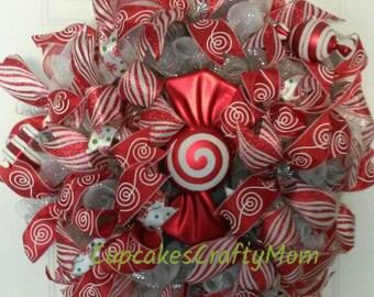 Christmas Wreath, Christmas Candy Wreath, Red and White Christmas Wreath, Christmas Deco Mesh Wreath, Holiday Wreath, Candy Wreath