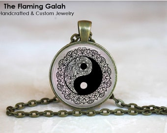 YIN & YANG Pendant • Black and White • Pretty Peace Sign • BoHo Yin Yang • Yoga • Meditation • Gift Under 20 • Made in Australia (P1572)