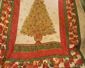 Winter's Grandeur Christmas Quilt