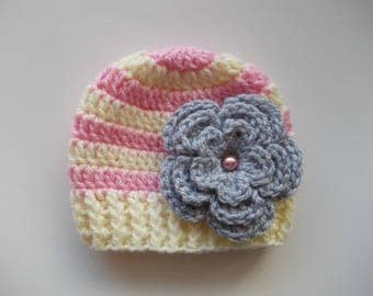 Baby girl hat Crochet baby hat Baby girl beanie Winter baby hat Striped girl hat Newborn girl hat Crochet baby beanie Baby girl outfit