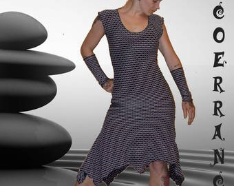 Asymmetrical dress and its sleeves 'Black and white life...'