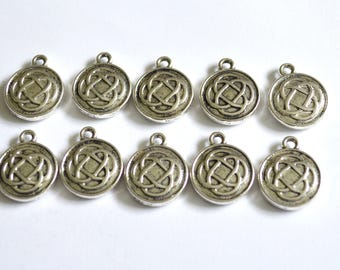 10 x Celtic Knot Charms  ~ Antique Silver ~  Lead and Nickel Free