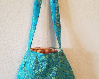 Handmade Turquoise Tote with Purple & Yellow Flowers (Inside color: Gold)