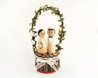 Wooden wedding cake decoration - personalized cake toppers - Decorations with personalized figurines - To customize