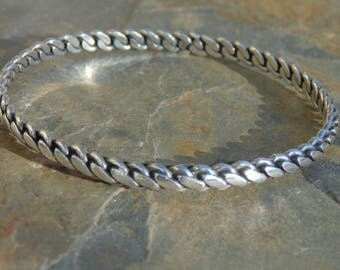 Maricela ~ Vintage Isidro Garcia Pina Taxco Sterling Silver Bangle Bracelet - 20 Grams