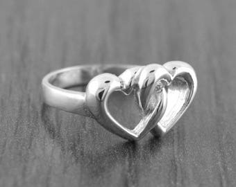 August SALE 925 Sterling Silver Interlocking Hearts Ring