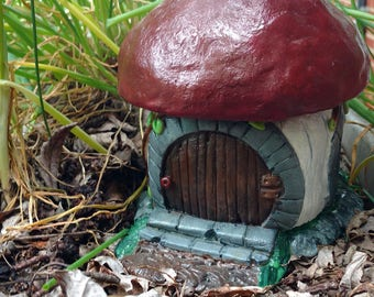 Toadstool gnome house