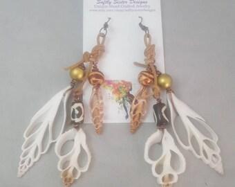 Sea Shell Earrings,  Natural Sea Shell Earrings, Sea Shell Jewelry, Afrocentric Earrings, Shell Earrings, Dangle Earrings, Leather Earrings