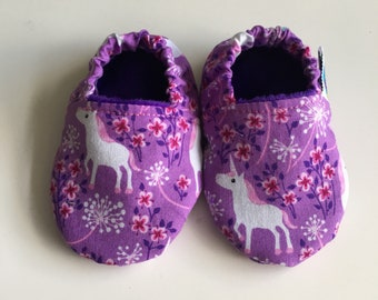 Soft soled shoes, baby slippers, baby shoes, pram shoes, crib shoes, prewalker shoes - 3-6 months, unicorns