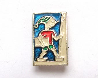 SALE, Buratino, Soviet Children's badge, Pinocchio, Vintage collectible badge, Soviet Vintage Pin, USSR, 1980s