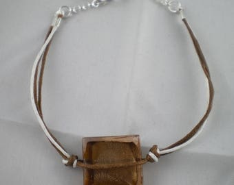 Bra035 - Brown and white Bracelet with square bead
