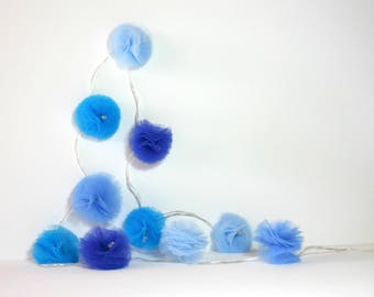 10 Led - Light blue PomPoms of different tulle wreath