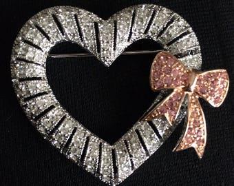 Joan Rivers Sweetheart Brooch / Pin