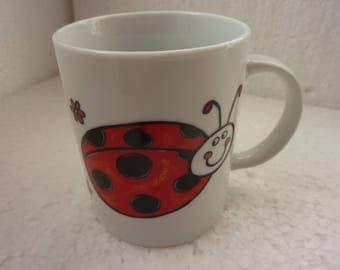 """Mug décoré pour enfant """"les coccinelles"""" et """"les abeilles"""""""