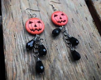 Pumpkin patch jack-o-lantern earrings in black, Halloween earrings, Halloween jewelry, Halloween gifts, jack-o-lantern earrings