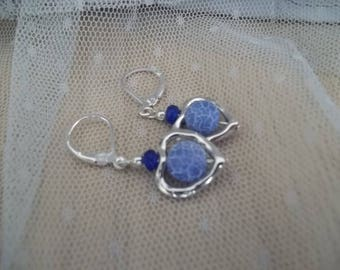 C31 - Pendants with blue glass bead earrings