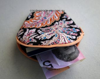 Round trendy tribal Patterned Zipper Coin Purse