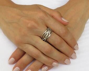 White gold wedding ring, Modern wedding ring, Modern ring, Modern gold ring, Gold wire ring, Gold knot ring, Wrapped wedding ring