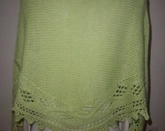 Soft and warm wool and alpaca shawl