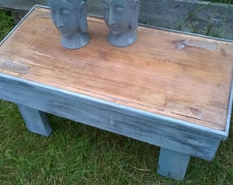 Shabby chic, footstool, stool, side table, used look-Shanty
