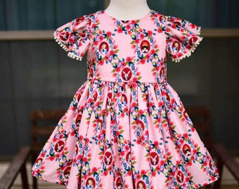 Rose Alice in Wonderland Leighton Dress