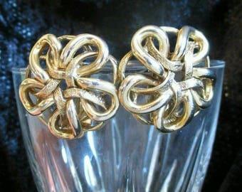 Oscar De La Renta Flower Button Earring Goldtone Clip on Chunky Big Couture Earrings 1980s earrings