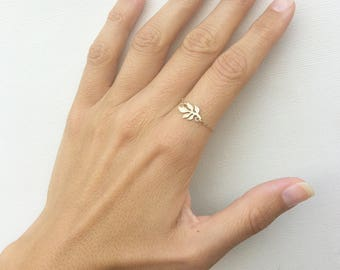 Gold Leaf Ring, Silver Leaf Ring, Yellow Gold Ring, Leaf Ring Silver, Leaf Ring Gold, Chain Ring, Gold Chain Ring, Silver Chain Ring, Ring