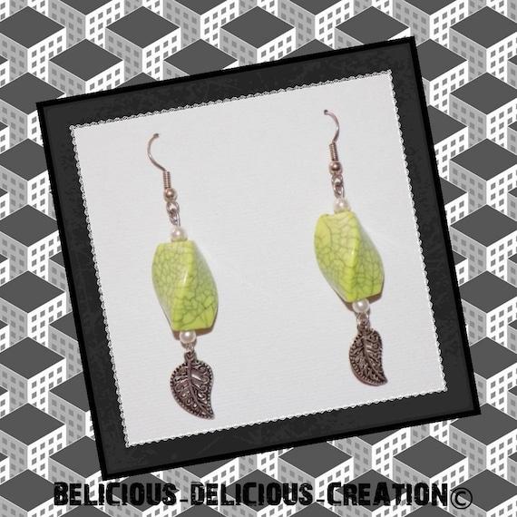 Original earrings! JUNGLE HAZE! green plastic and metal 5cm long belicious delicious creation