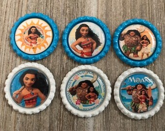 Set of 6 Moana bottle caps.  You will get the images in the photo unless you request a different style.