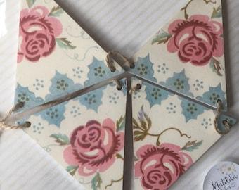 Emma Bridgewater Rose & Bee Wooden Flag Garland/Bunting