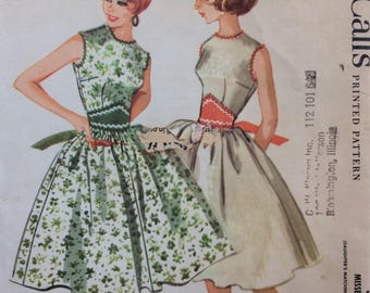 McCall's 5394 vintage 1960's misses dress sewing pattern size 14 bust 34  Uncut  Factory folds